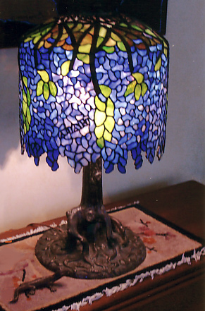 Anthony Hart Stained Glass Lamps 13 Quot Wisteria Table Lamp