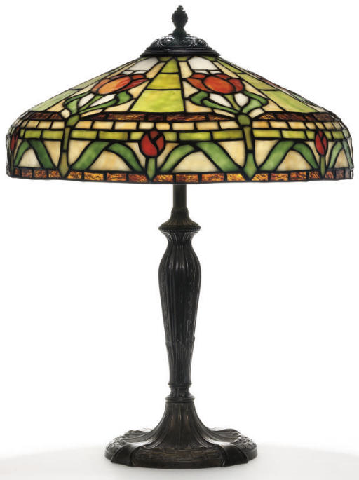 Royal Art Glass Company Stylized Floral Table Lamp