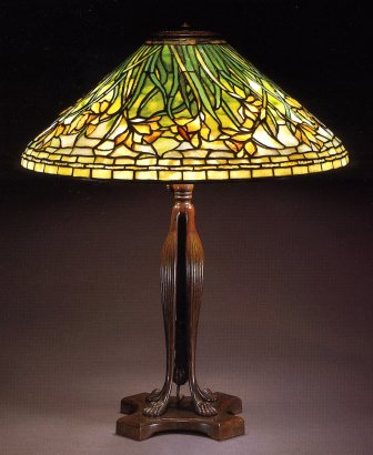A Daffodil Leaded Glass And Bronze Table Lamp Tiffany Studios