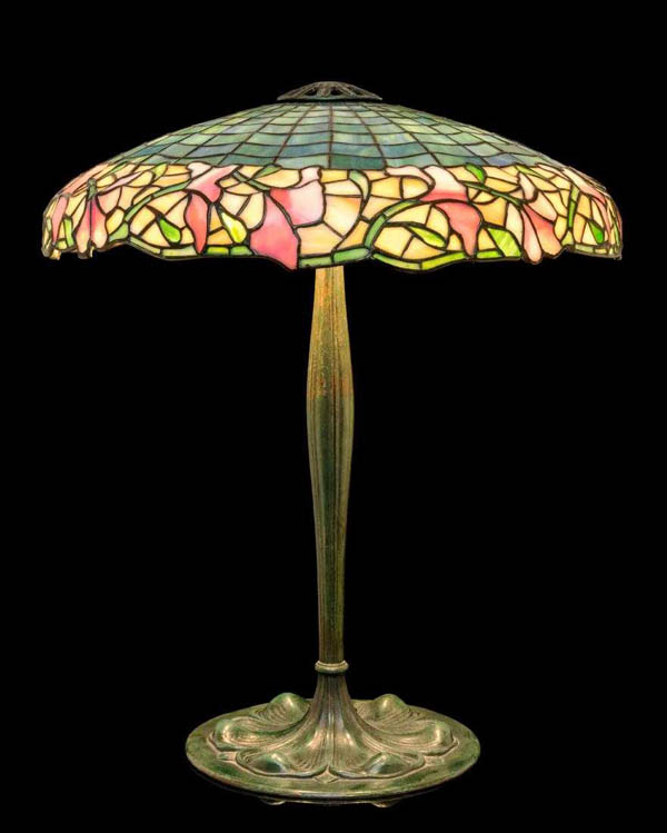 Suess Ornamental, Floral Border Leaded lamp
